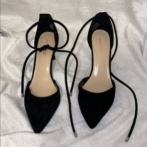 NINE WEST Ankle Tie Pointed Toe Heels